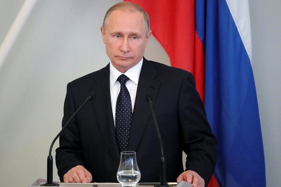 Путин поблагодарил Тулеева замноголетнюю работу напосту губернатора Кемеровской области