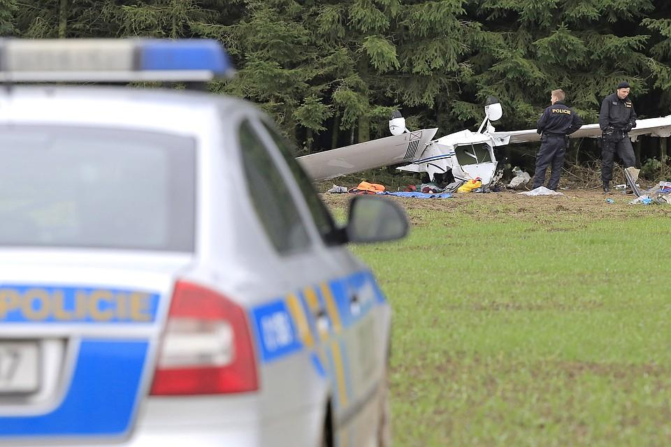 Шесть человек погибли при крушении легкомоторного самолета вСША