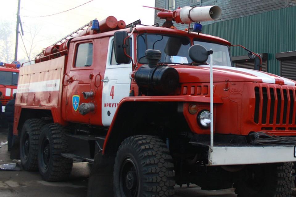 ВИркутске горел высотный многоэтажный дом, пострадал пенсионер