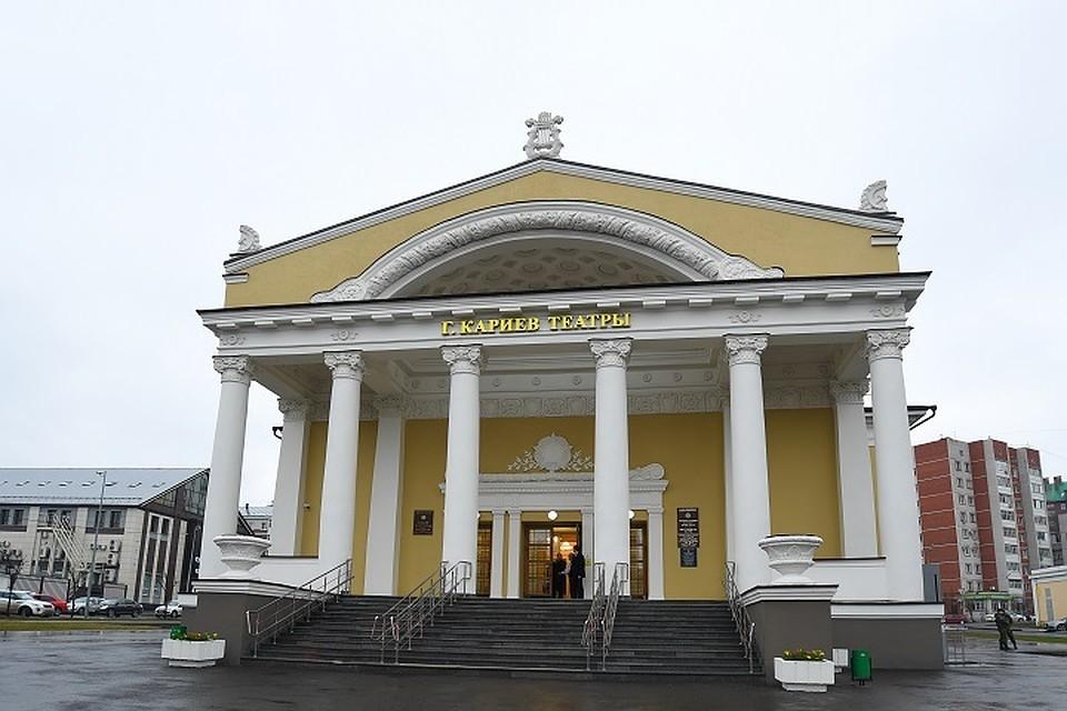 Президент Татарстана побывал на открытии обновленного здания ТЮЗа