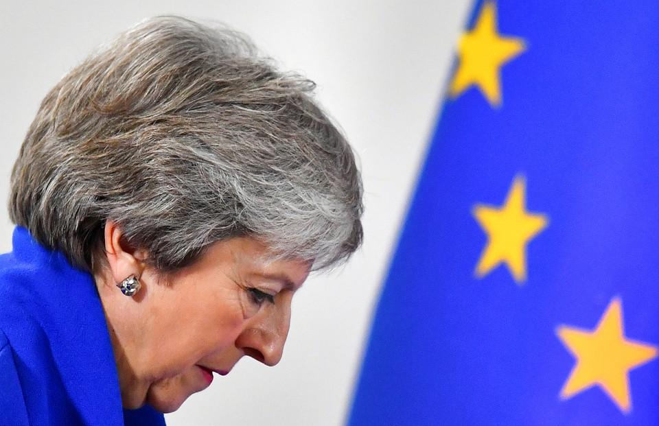 Премьер-министр Великобритании Тереза Мэй на саммите в Брюсселе.