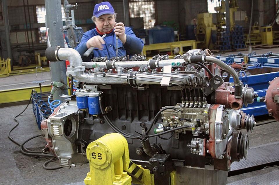 Работники АМЗ вБарнауле невышли наработу из-за долгов по заработной плате