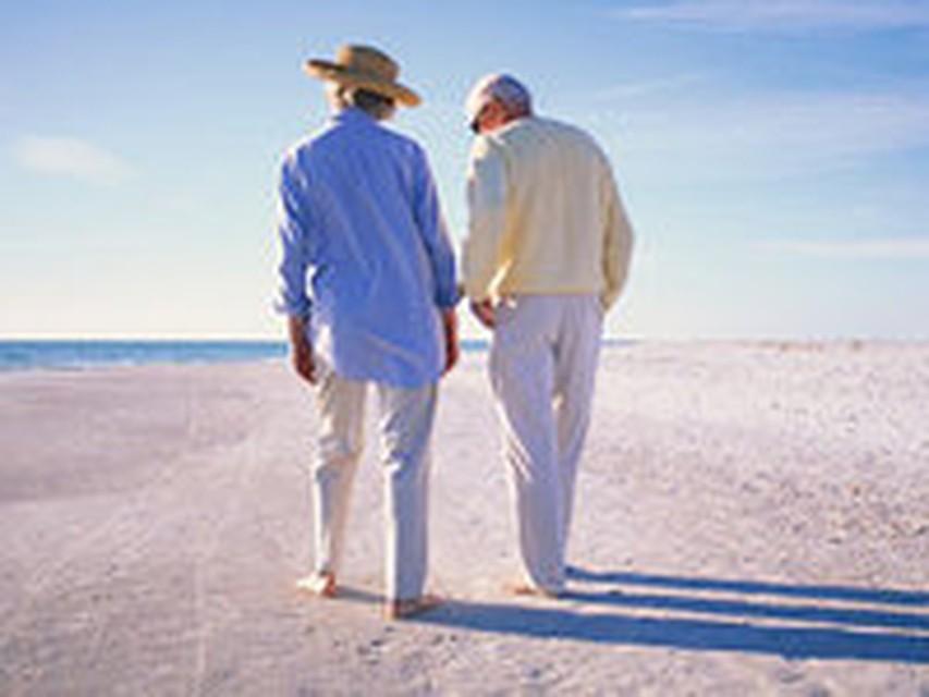 зачем люди ищут старых знакомых