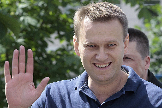 """По показаниям бывшего директора """"Кировлеса"""", рекомендации Навального принесли организации убыток в 1,3 миллиона рублей... из 220 миллионов за 9 месяцев 2009 года."""