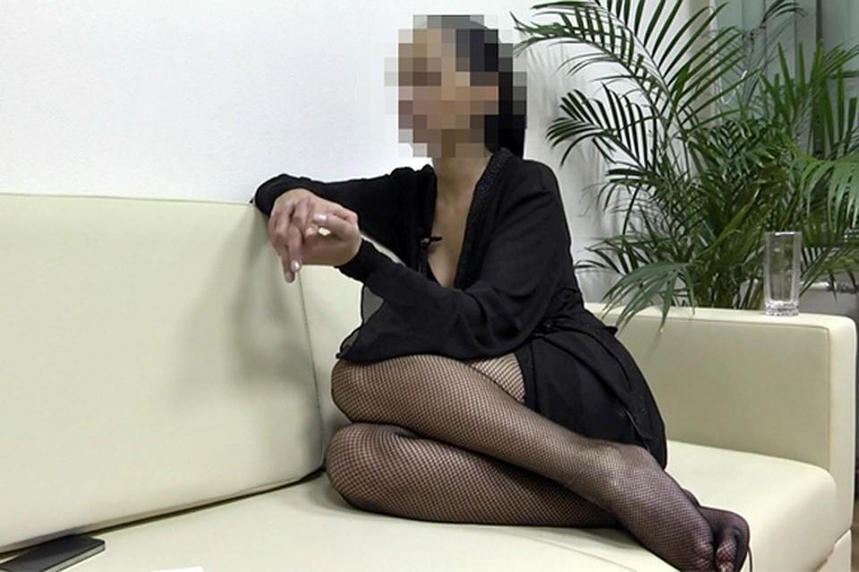 девушек заставляют работать проститутками фильм