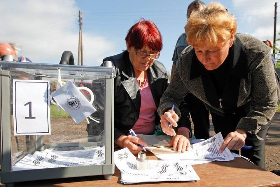 Предварительные итоги референдумов в Донбассе подтвердили создание независимых народных республик