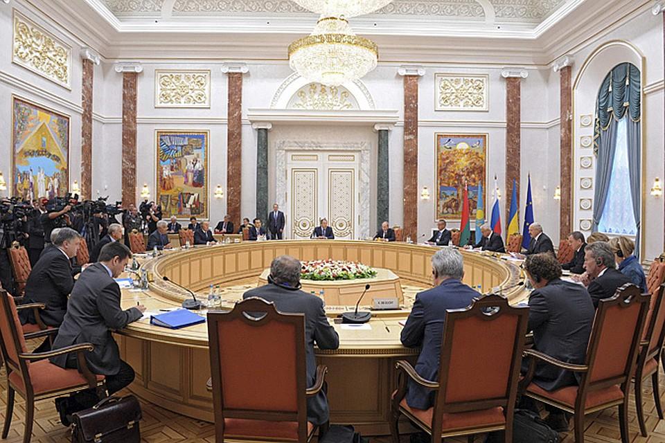 Все согласились с предложением президента Украины о том, чтобы сделать Минск регулярной площадкой для контактной группы по Украине