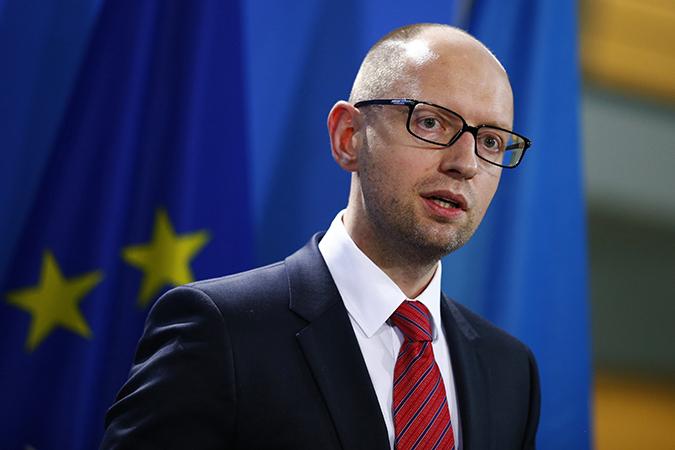Берлин не смог дать оценку словам Яценюка о «вторжении СССР в Германию и на Украину».