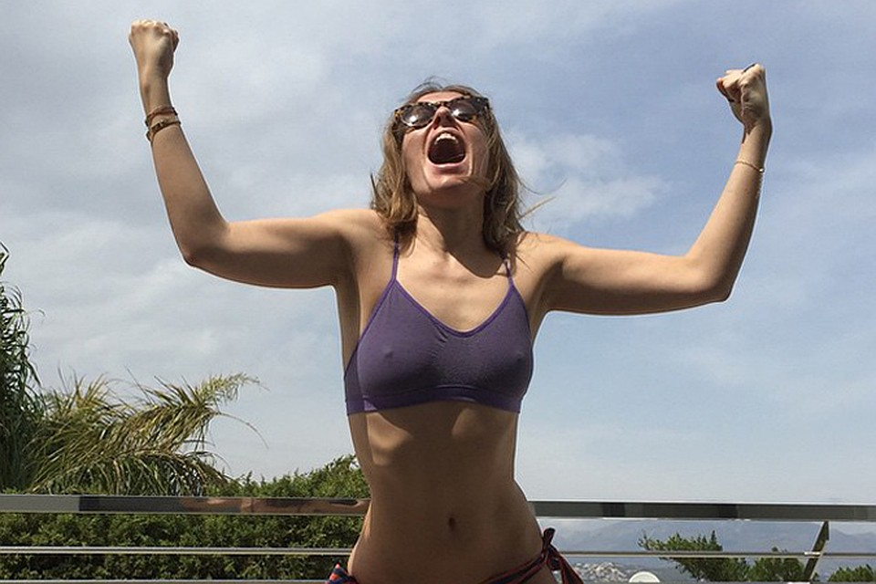 Ксения Собчак ликует после недели, проведенной в испанской клинике для похудения. Фото: Instagram.