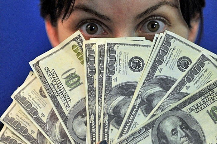 Опросив экономистов, психологов и прочих колдунов, мы нашли 10 способов призвать богатство.