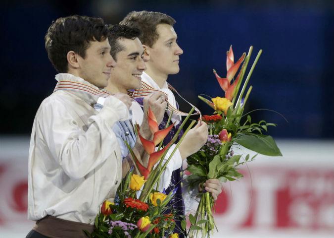 Чемпионом Европы стал испанец Хавьер Фернандес, на втором месте - спортсмен из Израиля Алексей Быченко, а россиянин Максим Ковтун - третий.