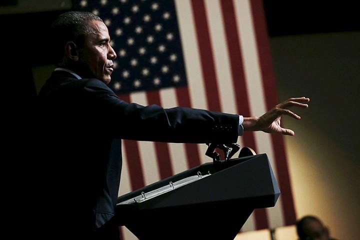 Похоже, Обама дрогнул. Появились сигналы о том, что Вашингтон планирует спуститься в Сирии и Ираке на землю, направив туда несколько сотен десантников