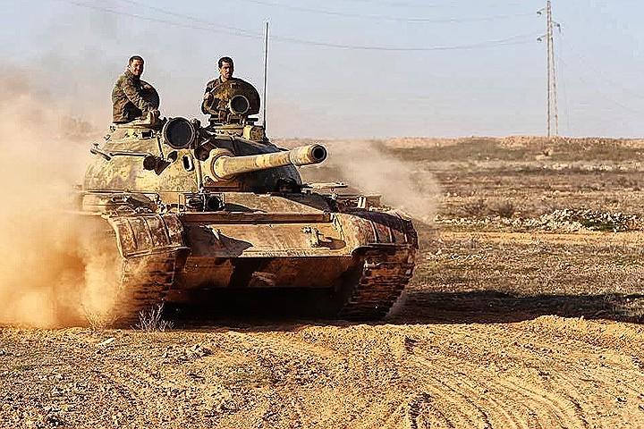 Чем успешнее наступают на боевиков правительственные войска Сирии под прикрытием российской авиации, тем изощреннее становятся фантазии западных политиков.