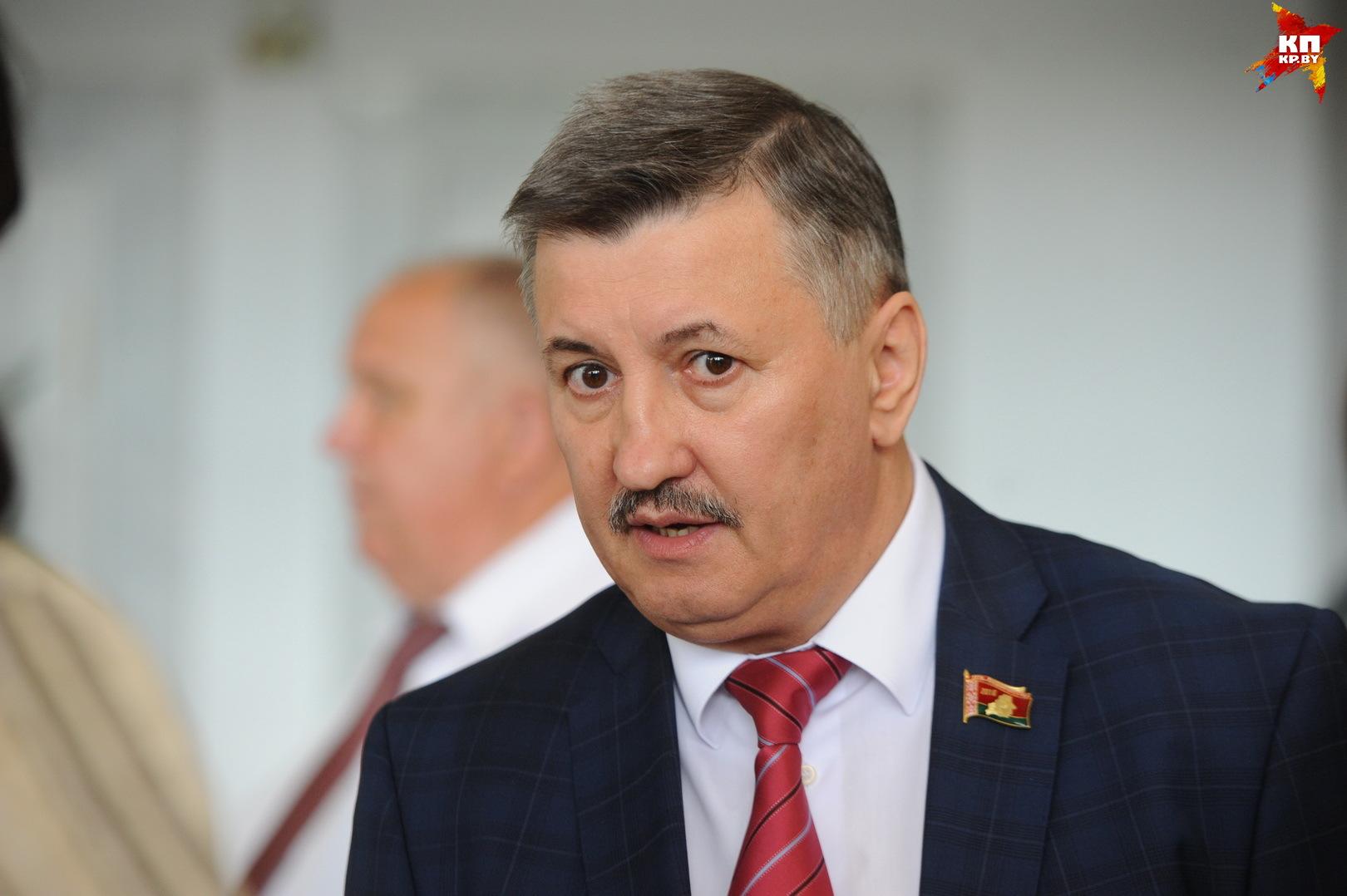 Министр экономики Владимир Зиновский.