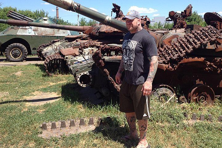 Американский боец без правил приехал в Луганск, чтобы увидеть собственными глазами конфликт на Юго-Востоке Украины