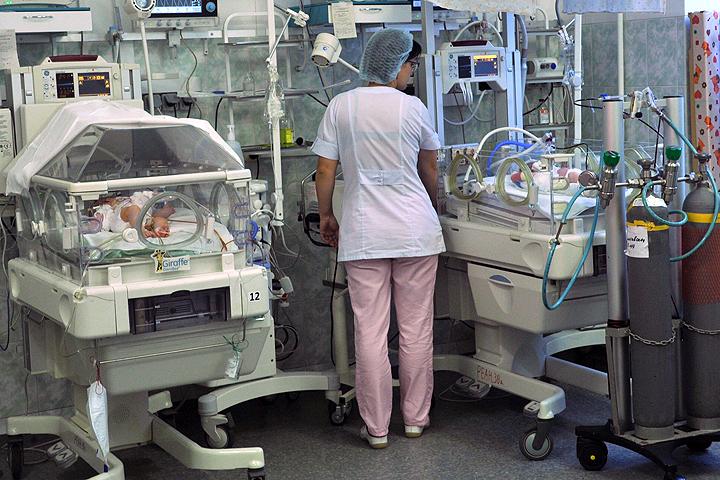 Дети в реанимации Филатовской больницы