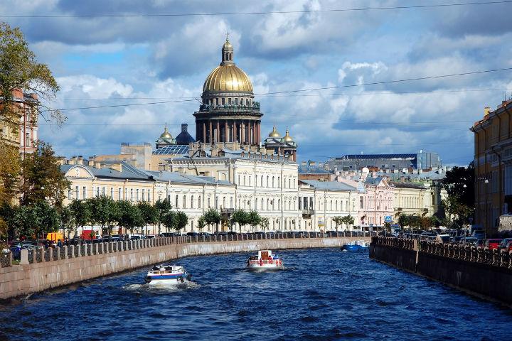 Переезжаем в Петербург.