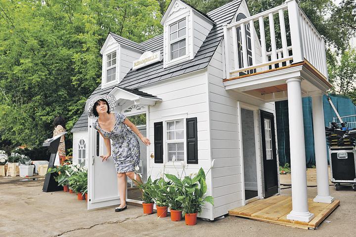 Новый закон напрямую касается всех граждан, у которых есть хотя бы какая-то недвижимость — квартира, дом, дача, участок.