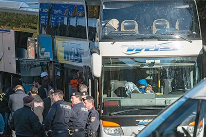 «Ненавижу вас»: вШвеции водитель автобуса скриками избил сирийского беженца