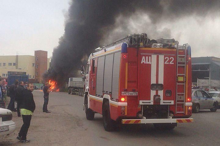 ВПетербурге взорвался автобус