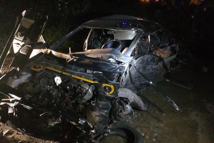 ВЧереповце ВАЗ врезался в грузовой автомобиль, трое пострадавших