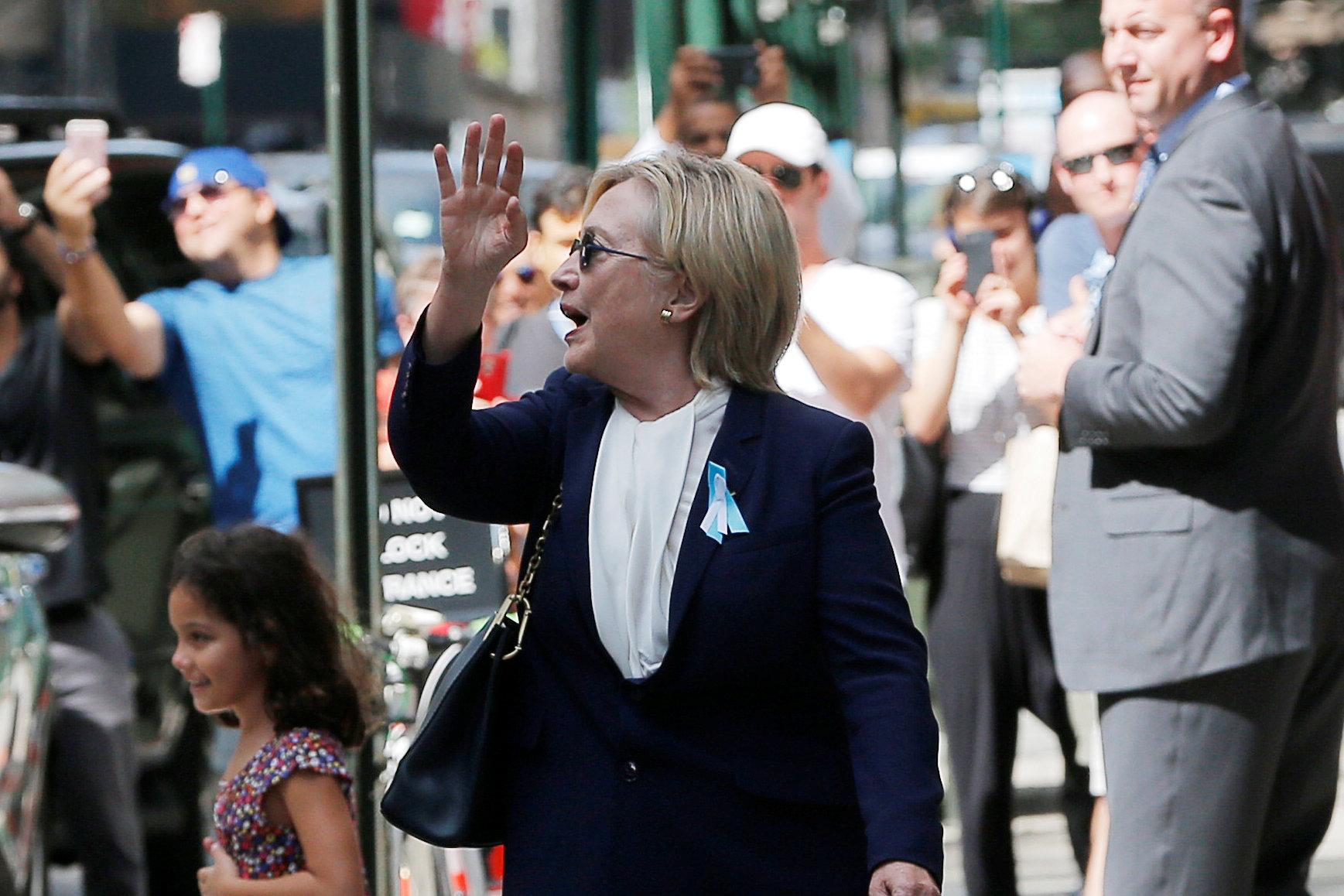 Трамп пожелал Клинтон выздороветь додебатов