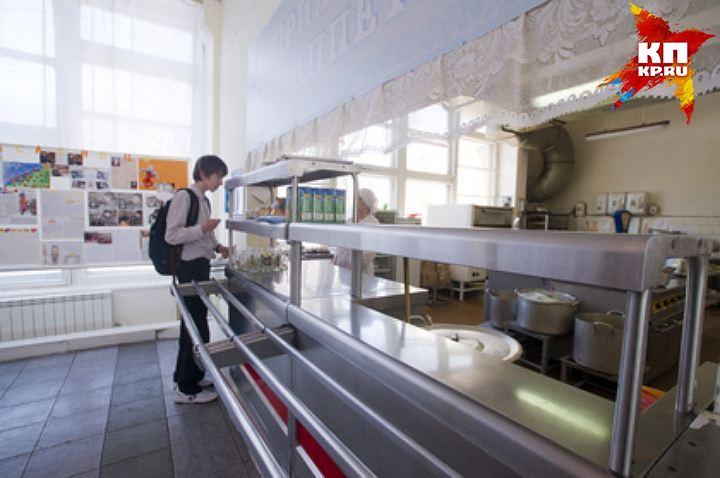 Роспотребнадзор отыскал норовирус у19 служащих школьных пищеблоков