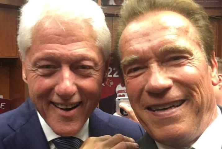 Селфи Шварценеггера с демократом Биллом Клинтоном
