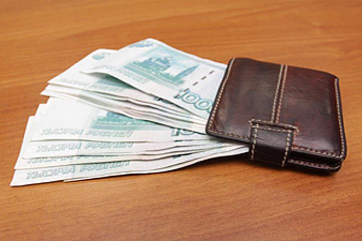 Работник банка похитил деньги скредитки курянки