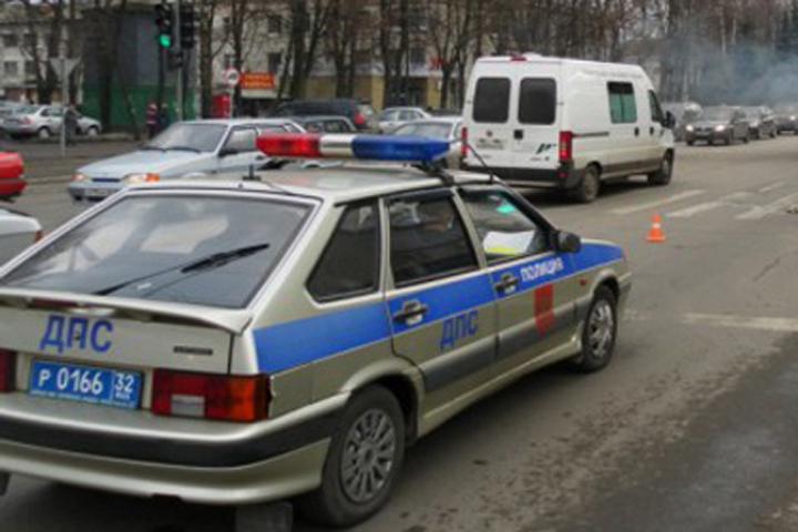 ВБрянске шофёр «ГАЗели» отвез сбитую импенсионерку втравмпункт