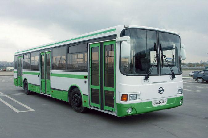 """Автобусы могут заменить и метро, и трамвай Фото: архив """"КП"""""""