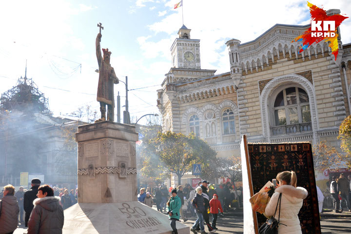 В День города кишиневские власти предупредили заранее: праздничного салюта не будет, потому что на это нет денег.