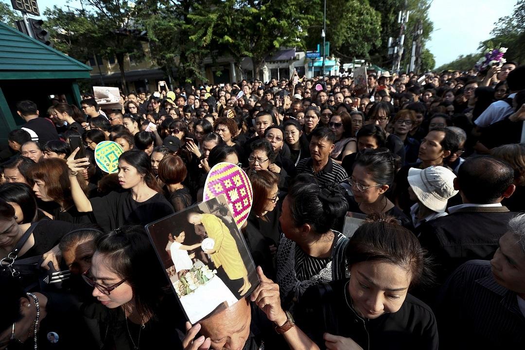 В Таиланде проходят траурные мероприятия в связи со смертью короля