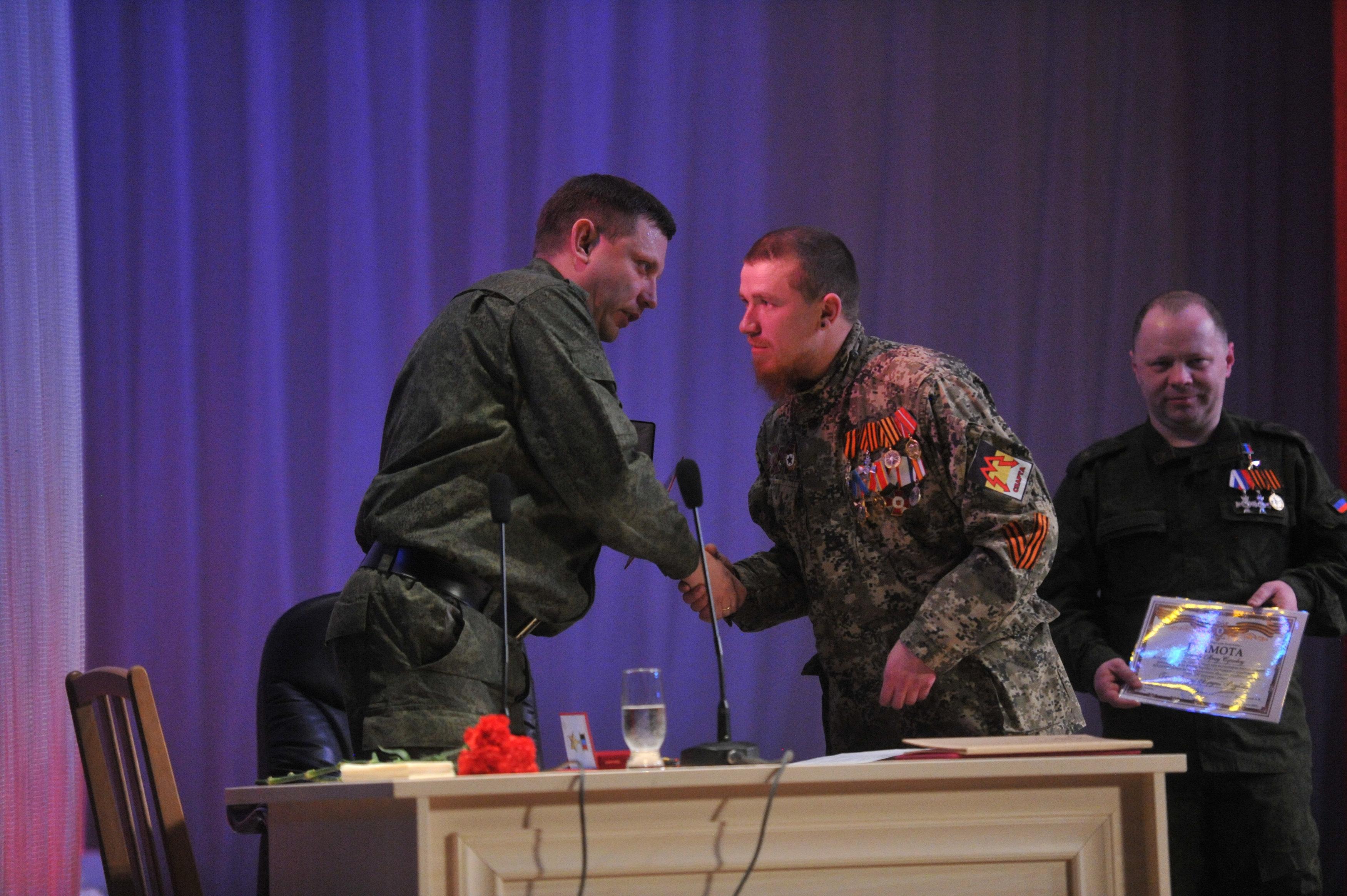 Александр Захарченко (слева) и Арсений Павлов