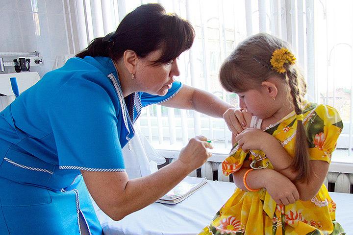 В Латвии детей поражает новый неизвестный доселе вирус Коксаки.