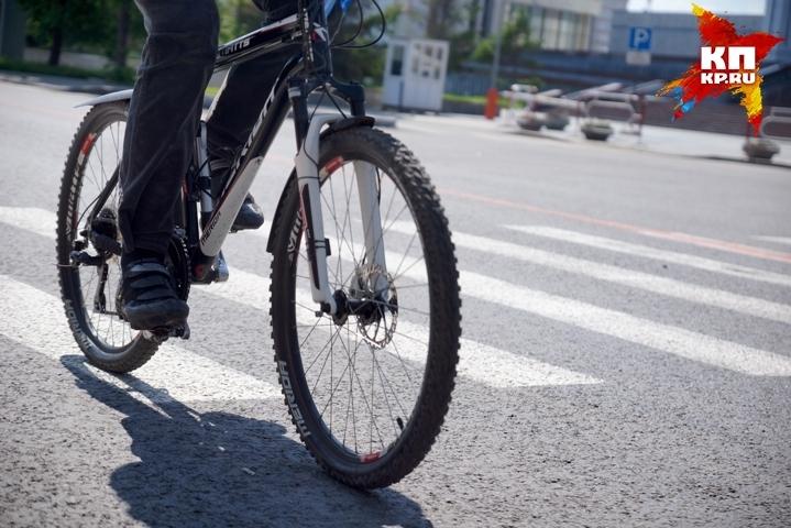 Извращенец навелосипеде напугал девочку вКалининском районе