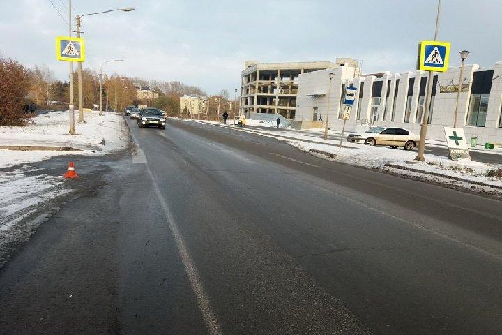 78-летний пешеход сбит напереходе улицы Ивановского вТомске
