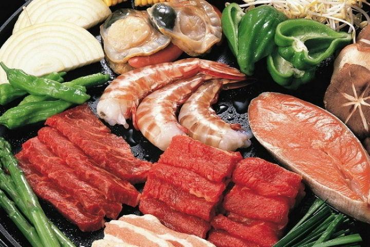 Столовая ЗакСа закупит морских деликатесов на830 тыс. руб.