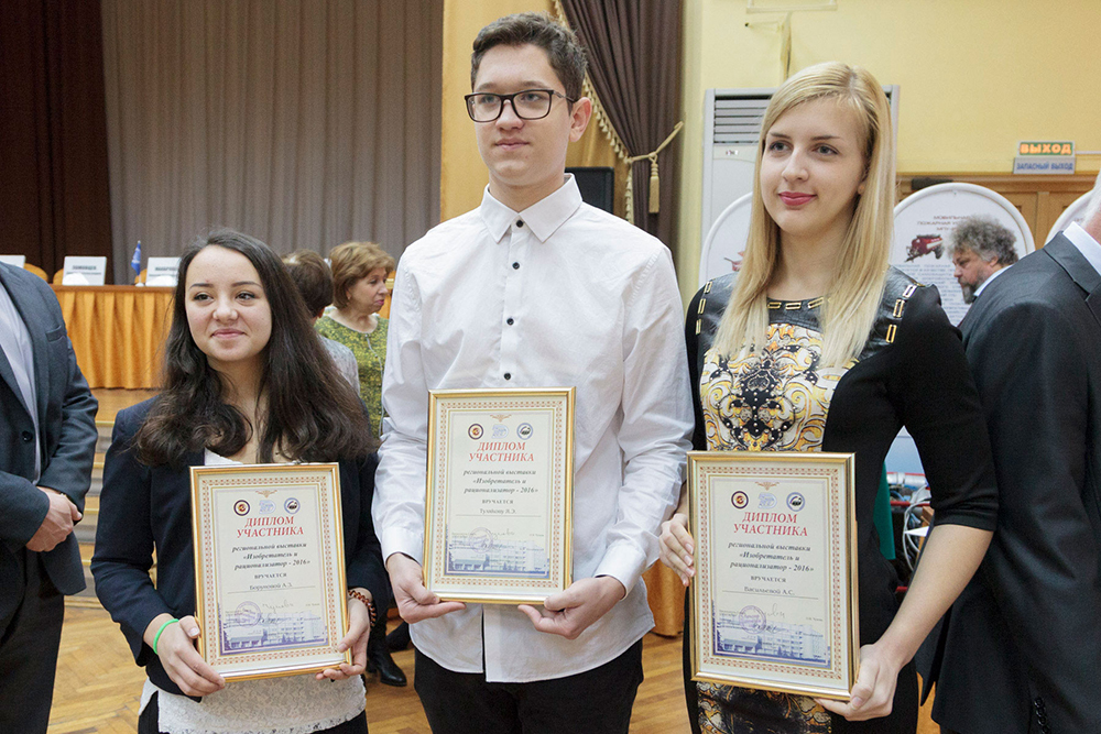 Родственники Олега Попова хотят похоронить его вГермании