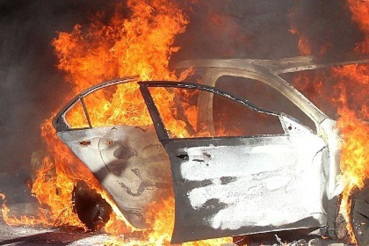 ВВолгограде взагоревшемся после ДТП авто погибли два человека