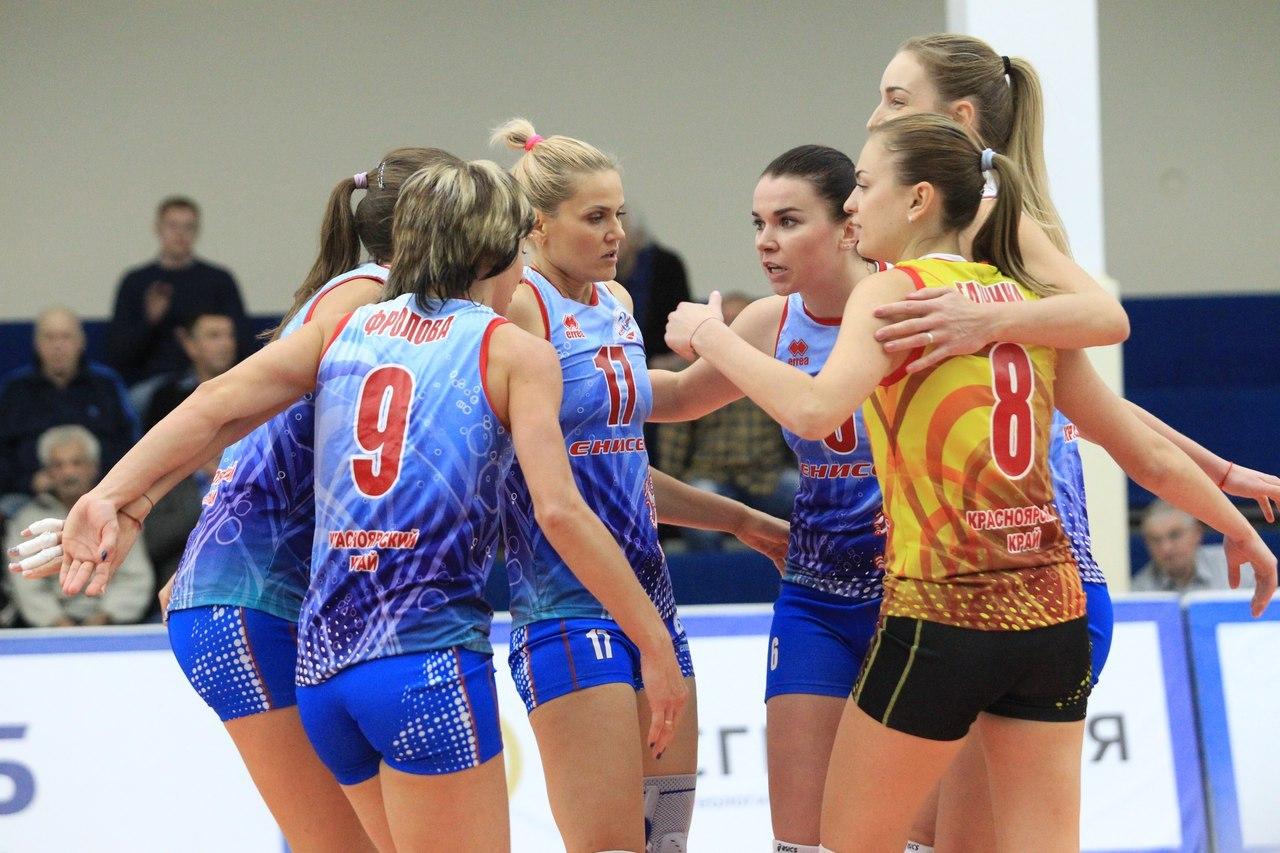 Красноярск впервый раз оказался навершине русского волейбола