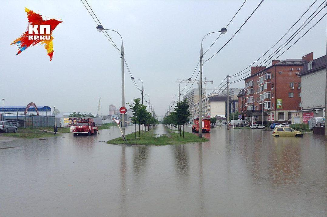 Летом улицы превратились в реки