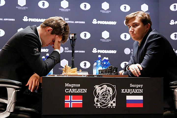 Шахматная машина «Магнус Карлсен» дала сбой