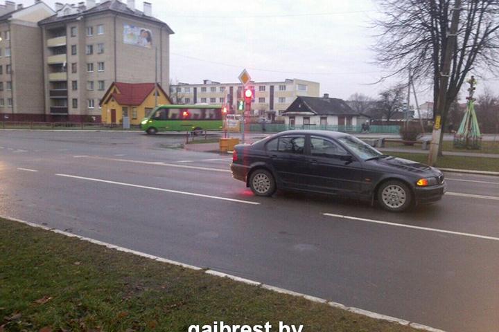 В Иваново на пешеходном переходе сбили школьницу. Фото: УГАИ УВД Брестского облисполкома.
