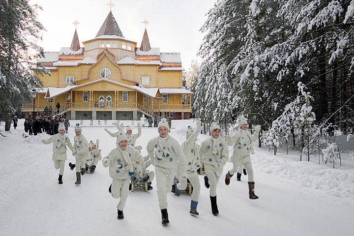 Великий Устюг возглавил рейтинг малых городов Российской Федерации для новогоднего отдыха