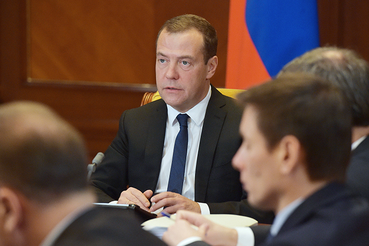 На заседании также обсуждали проблемы ЖКХ. Фото: Александр Астафьев/ТАСС