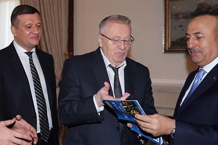 Гостя приняли министр иностранных дел Мевлют Чавушоглу