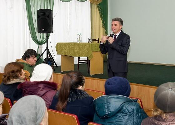 Вадим Красносельский, кандидат в президенты Приднестровской Молдавской Республики встретился с жителями Тирасполя.