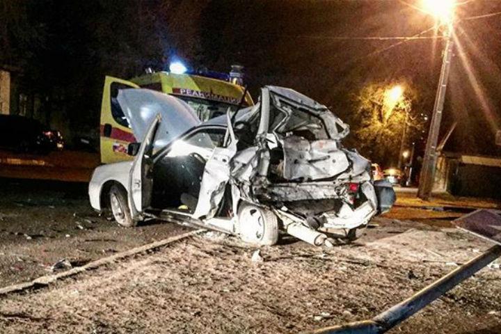 ВСаратове фура сотказавшими тормозами протаранила два авто