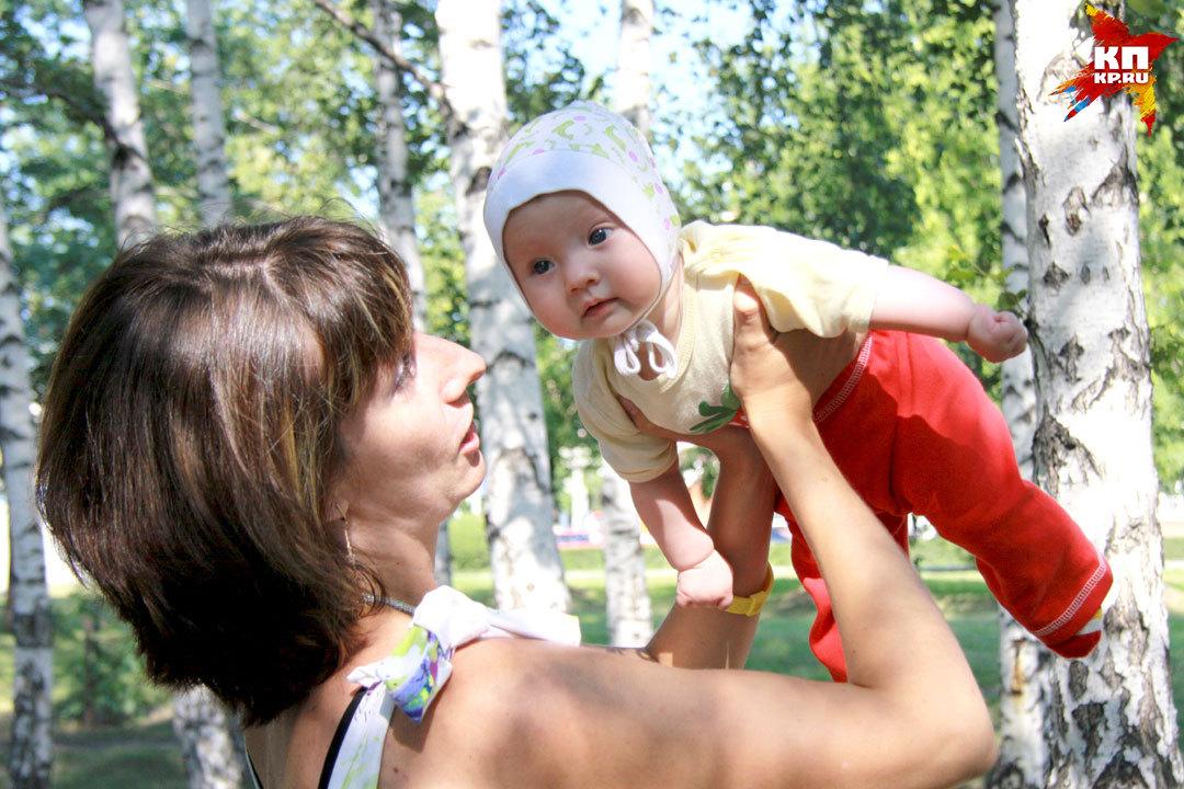 День матери в мире отмечают в разные даты, в основном, во второе воскресенье мая